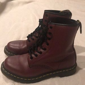 Womens 1460 Smooth Maroon Doc Martens